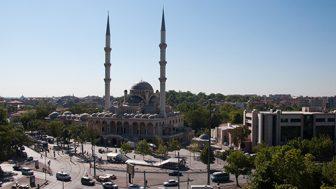 Konya Hacıveyiszade Camii Canli İzle